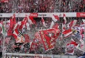 Tolle Stimmung ist bei Spielen des 1. FC Köln garantiert Foto: IMAGO