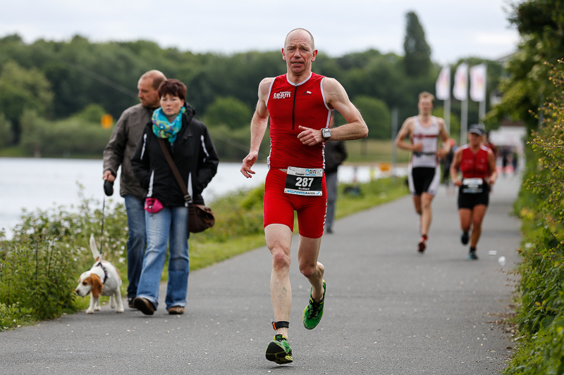 """Rund 600 Teilnehmer nahmen an der siebten Auflage von """"Swim and Run"""" rund um den Fühlinger See teil Foto: Jörg Schüler"""
