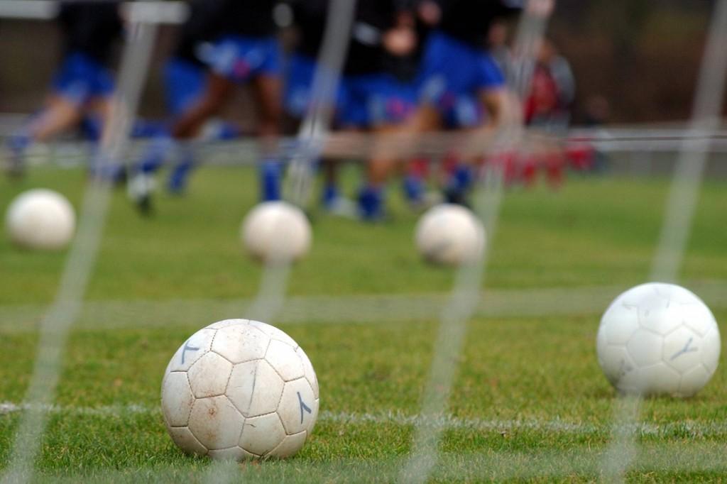 Auch in dieser Woche stehen wieder fünf Kölner Amateur-Kicker zur Wahl Foto: IMAGO