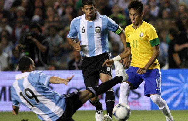 Neymar (r.) trifft im WM-Finale auf Argentinien, so eine der Vorhersagen. Foto: IMAGO