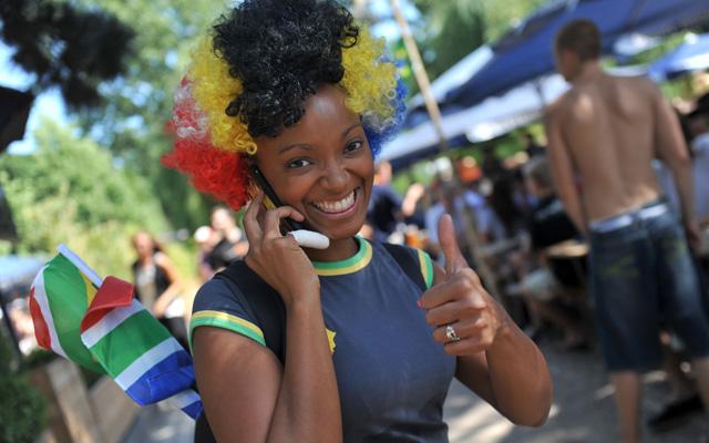 Die Stimmung am Aachener Weiher ist bei den Deutschland-Spielen immer prächtig. Foto: pa/dpa