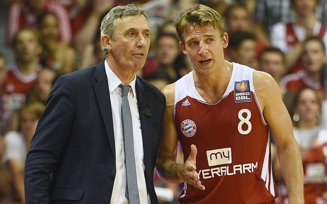 Kommen in die Lanxess Arena: Bayerns Meistermacher Svetislav Pesic (l.) und Heiko Schaffartzik Foto: imago