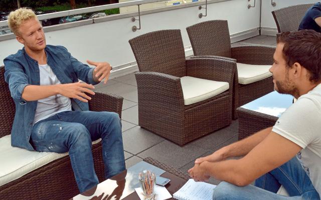 Vogt (l.) im Gespräch mit Köln.Sportler Stefan Kühlborn.