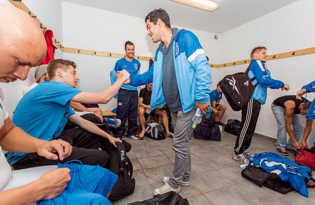 Gute Stimmung in der Kabine von Makkabi Köln. Der D-Ligist strebt den Aufstieg an Foto: Benjamin Horn
