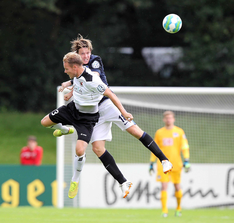 Lukas Nottbeck und der FC Viktoria müssen sich trotz guter Leistung aus dem DFB-Pokal verabschieden Foto: IMAGO / foto2press