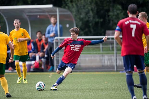 Jonas Kreuels traf für den SC Rondorf gegen Flittard doppelt. Wird er Spieler der Woche? Foto: Benjamin Horn