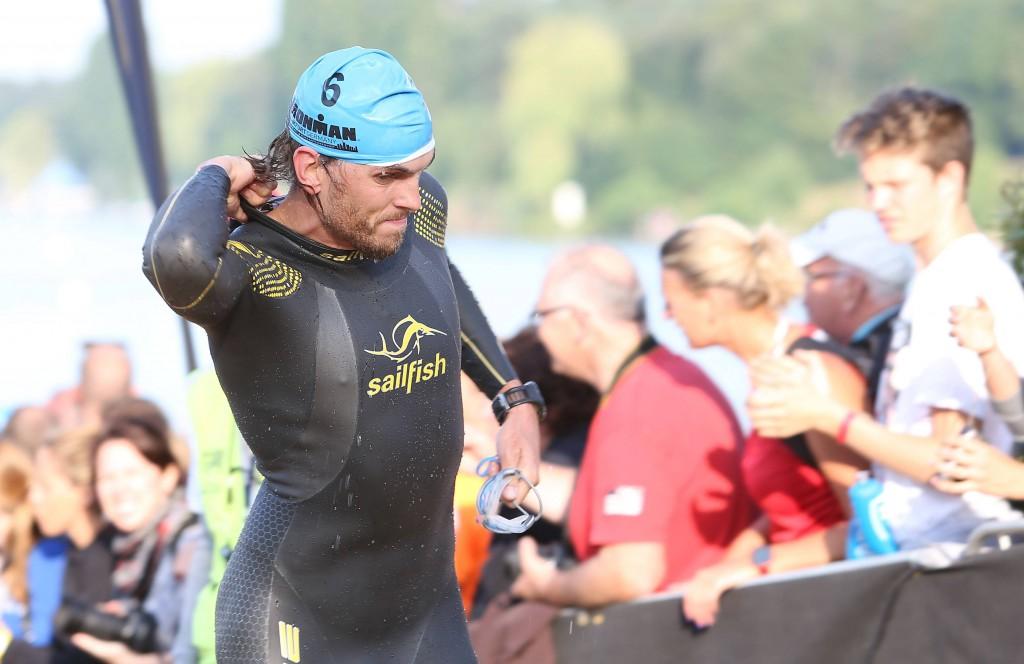 Lokalmatador Johann Ackermann peilt den Sieg beim Kölner Triathlon-Wochenende an Foto: IMAGO/Jan Hübner