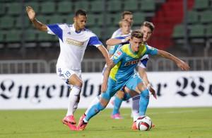 Simon Zoller und der 1. FC Köln trennen sich mit 1:1 vom luxemburgischen Nationalteam Foto:IMAGO/Majerus