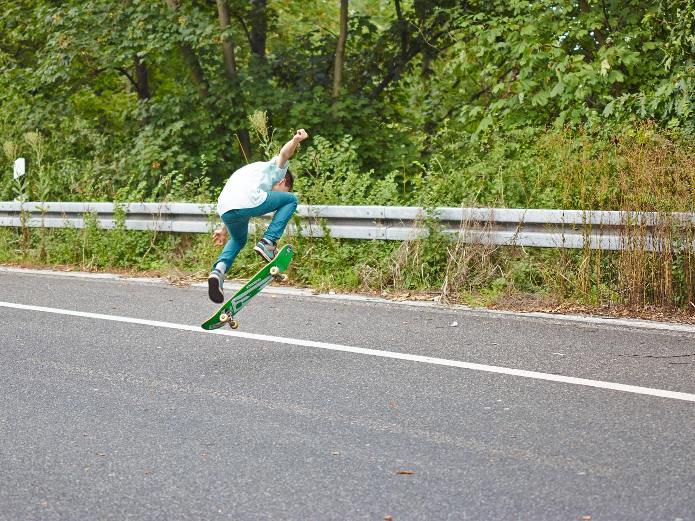 skate the highway