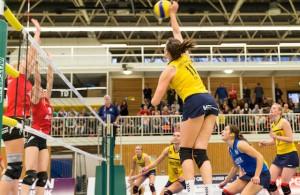Dem Pokalcoup soll nun ein Sieg über Emlichheim folgen: die kölschen Volleyballerinnen von DSHS Snowtrex Köln Foto: Martin Miseré