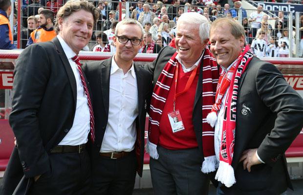 FC-Geschäfstführer Alexander Wehrle (2.v.l.) mit den Vorstandsmitgliedern Toni Schumacher (l.), Werner Spinner und Markus Ritterbach (r.). Foto: Imago/Chai v.d. Laage