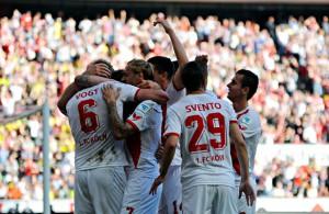 """""""Wir sind sehr, sehr glücklich"""" - der 1. FC Köln bezwingt Borussia Dortmund mit 2:1"""