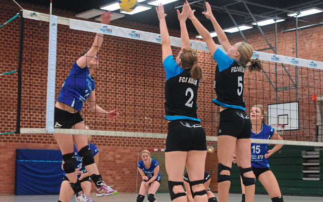Die Volleyballdamen des FC Junkersdorf sind bald wieder in der Dreifachhalle in Weiden im Einsatz. Foto: Anna Kadlec