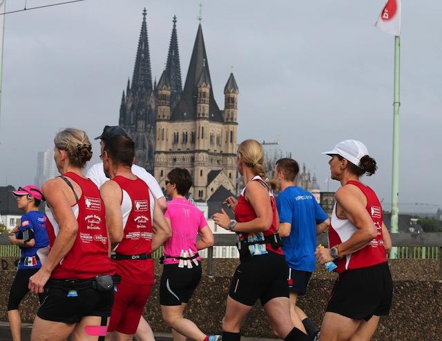 2015 wieder im Oktober: Der Köln-Marathon Foto: imago/Chai v.d. Laage