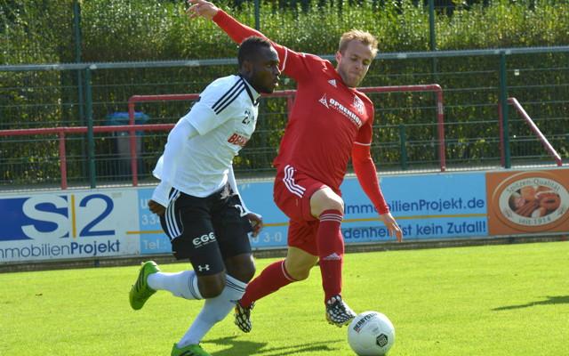 Sebastian Hecht (r.) wechselt vom FC Hennef 05 zum SV Deutz 05.  Foto: imago / Dünhölter SportPresseFoto