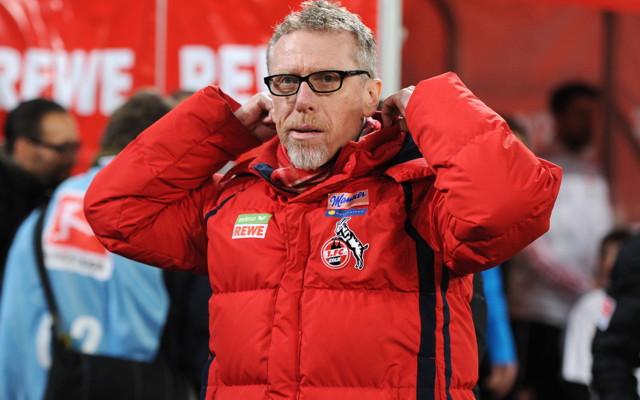 Trainer Peter Stöger erwarten von seiner Mannschaft keine Quantensprünge in der Offensive. Foto: imago / Team 2