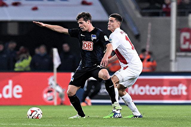 Ein hartes Stück Arbeit wartet auf den 1. FC Köln um Nationalspieler Jonas Hector (r.) in Berlin Foto: imago/Revierfoto