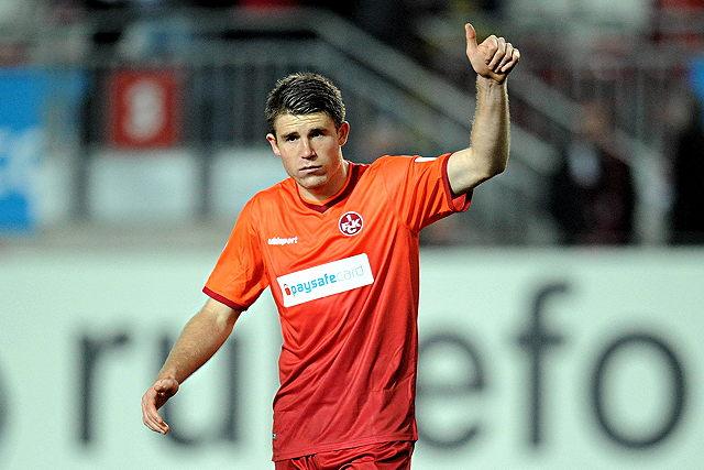 """Daumen hoch für den 1. FC Köln: Lauterns Dominique Heintz wechselt zu den """"Geißböcken"""" Foto: imago/Jan Hübner"""