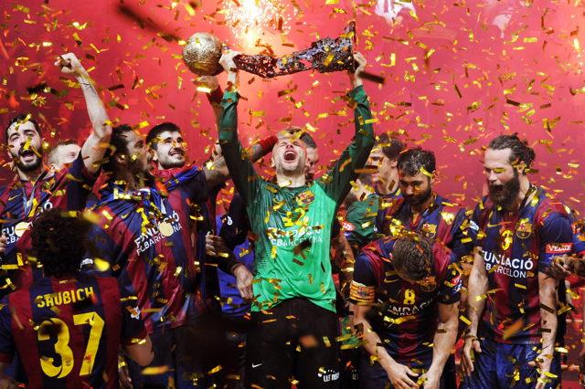 Feiern den achten Champions-League-Titel: Die Handballer des FC Barcelona Foto: imago/Heuberger