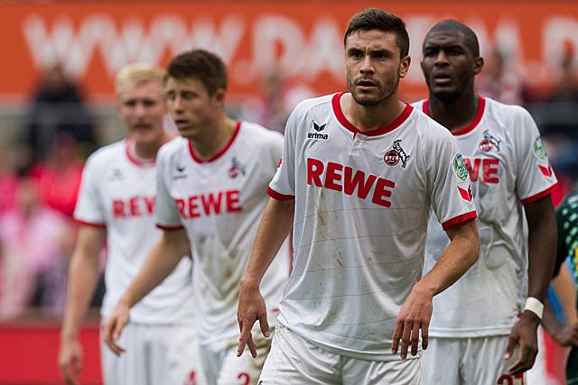 Wollen auf Schalke etwas Zählbares ergattern: Der 1. FC Köln um Nationalspieler Jonas Hector Foto: imago/T-F-Foto