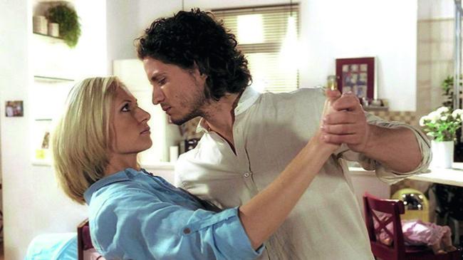 """Milan Marcus als Herzensbrecher in der TV-Serie """"Verbotene Liebe"""" Foto: ARD"""