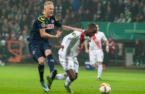 Das Duell Kevin Vogt gegen Anthony Ujah wird es auch am Samstag geben, wenn der FC in Bremen gastiert