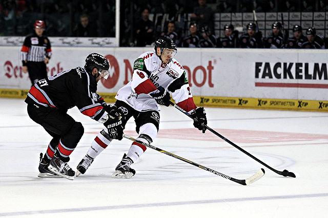 Philip Gogulla Kölner Haie Eishockey DEL