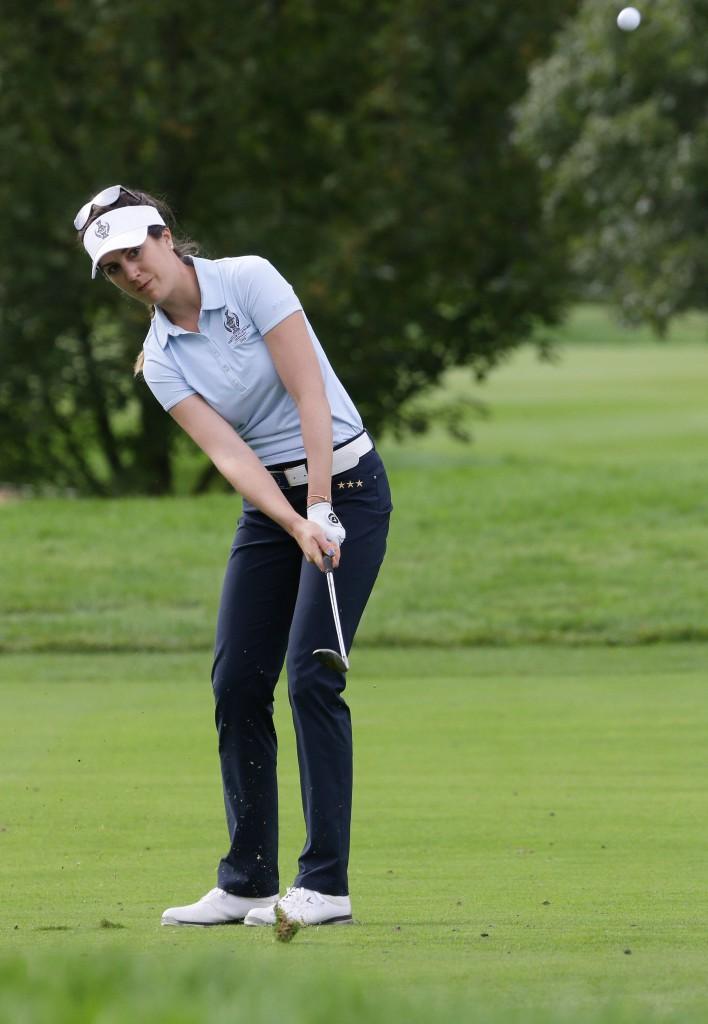 Golf-Proette Sandra Gal puttet