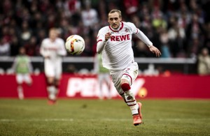 Marcel Risse, 1. FC Köln, auf der Jagd nach dem Ball