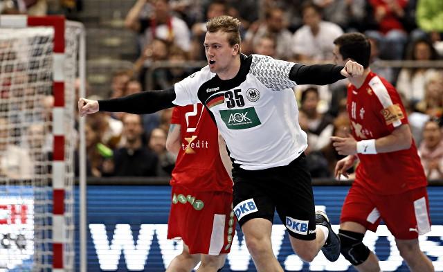 Julius Kühn trifft im Handball-Länderspiel Deutschland gegen Dänemark
