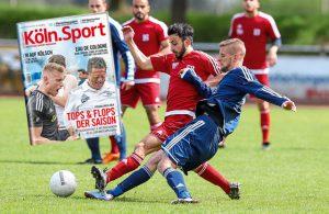 Amateurfußball Köln Zweikampf