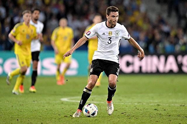 Jonas Hector (1. FC Köln) im EM-Spiel der DFB-Auswahl gegen die Ukraine