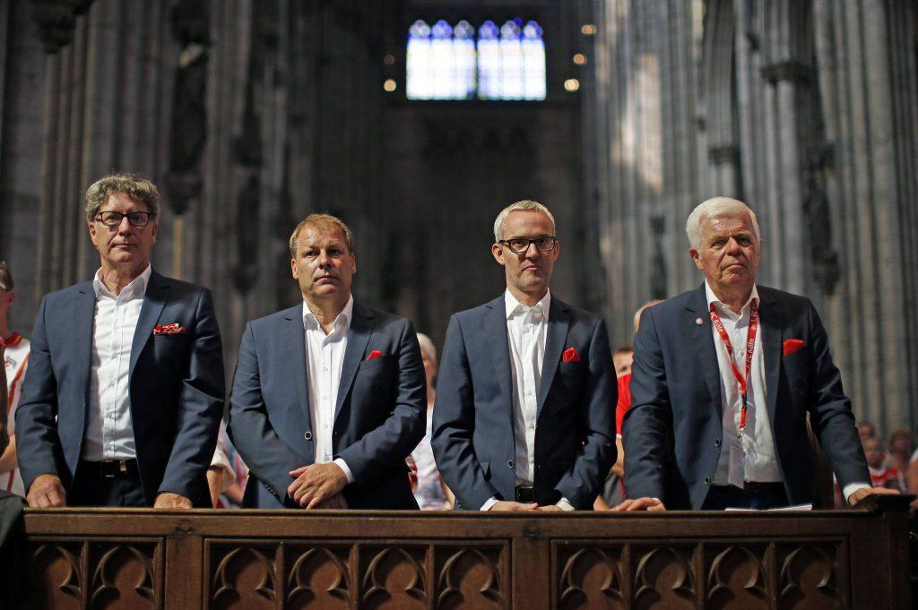 Die FC-Verantwortlichen Toni Schumacher, Markus Ritterbach, Alexander Wehrle und Werner Spinner (v.l., hier bei der feierlichen Andacht im Kölner Dom) erlebten bei der Mitgliederversammlung einen rundum positiven Abend, der im Vorfeld genau so erwartet worden war Foto: imago/Future Image