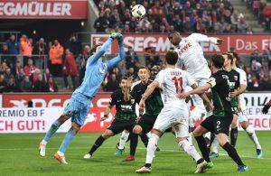 FC-Torjäger Anthony Modeste blieb gegen den FC Augsburg weitgehend unauffällig. (Foto: imago/Jan Huebner)