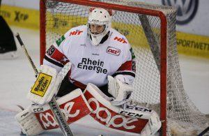 Haie Goalie Gustaf Wesslau