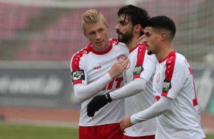 Selcuk Alibaz bejubelt seinen Treffer gegen Mainz