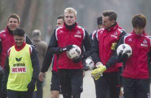 Dominique Heintz, Leonardo Bittencourt, Frederik Sörensen, Thomas Kessler und Yuya Osako beim FC-Training.