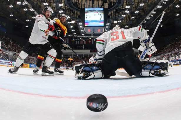 Deutschland besiegte Ungarn bei der letzten Eishockey WM 4:2