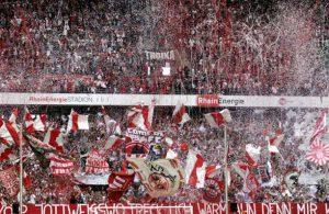 Die Südkurve in Köln ist im Heimspiel gegen den FSV Mainz 05 gefordert.