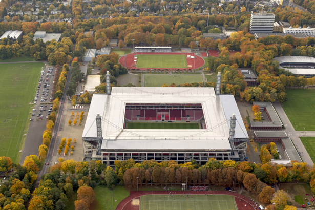 Luftbild RheinEnergieStadion