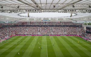 Innenansicht der BayArena in Leverkusen.