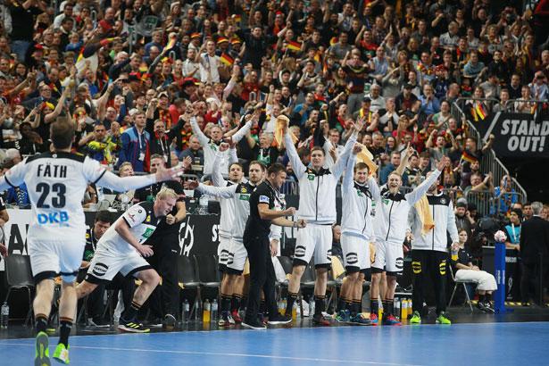 2 gro szlig e emotionen in der lanxess arena handball wm 2019
