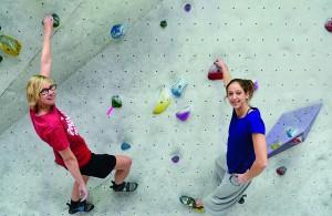 Köln.Sportlerin Svenja Dahlhaus hat sich an die Kletterwand gewagt
