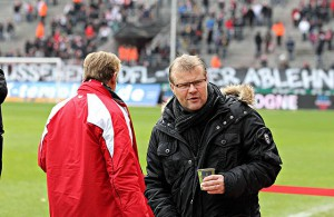 Frank Schaefer (1. FC Köln) trinkt Kaffee