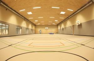 Eine leere Turnhalle