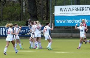 Torjubel bei den Hockey-Damen von Rot-Weiss Köln