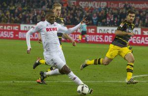 Anthony Modeste vom 1. FC Köln kommt im Bundesliga-Spiel gegen Borussia Dortmund zum Torschuss.